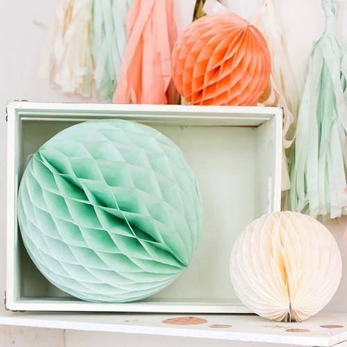 abcJoy aqua Honeycomb ball - 14''