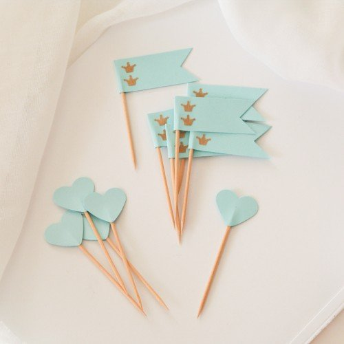 Cupcake Toppers-Γαλάζιες Καρδιές Και Σημαίες-Hand Made by Ministry Of Art (6pcs)