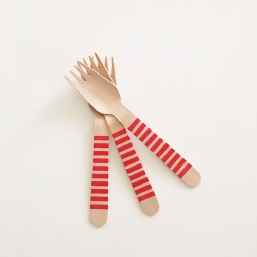 abcJoy κόκκινα ριγέ ξύλινα πιρουνάκια (12-pack)