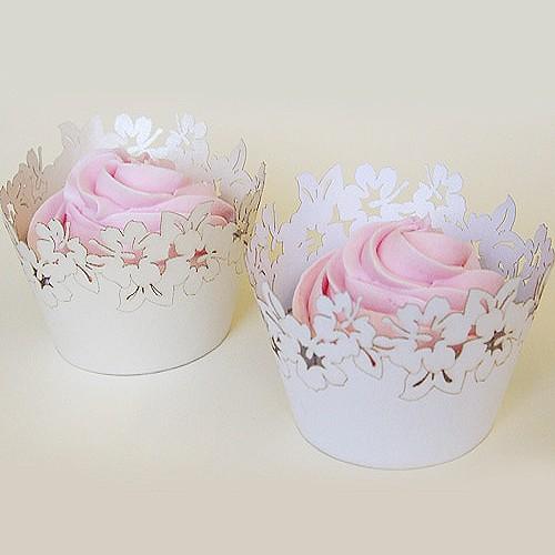 Λευκές Χάρτινες Θήκες Με Λουλούδια Δαντέλα - Cupcake Wrappers