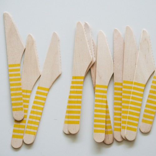 abcJoy κίτρινα ριγέ ξύλινα μαχαιράκια  (12-pack)