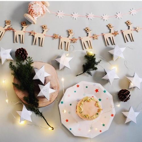 Ξύλινη Χριστουγεννιάτικη Γιρλάντα Με Ταράνδους Και Αστέρια